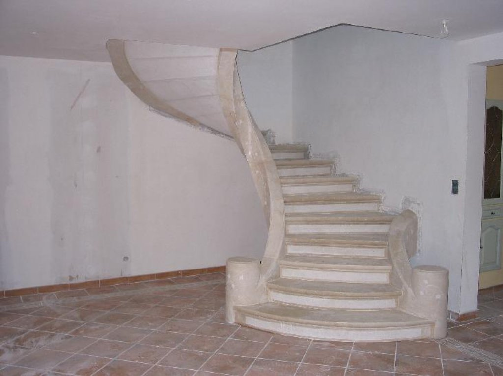 Am nagement int rieur escaliers morges deco stone for Amenagement escalier interieur